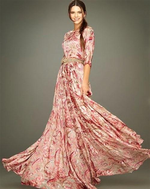 Vestido longo com mangas - Linda, feminina e modesta!