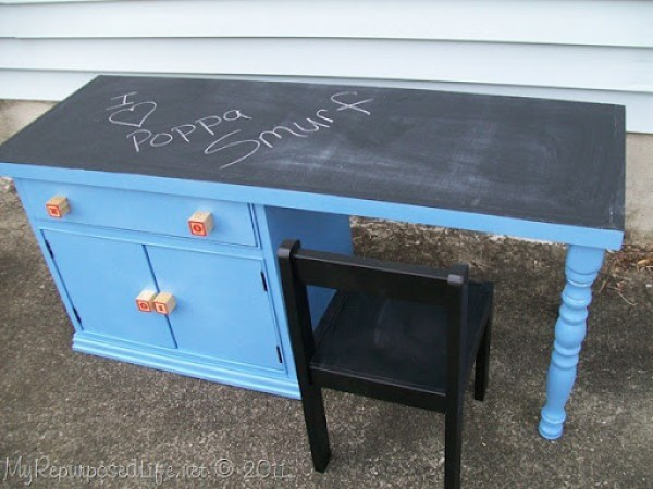 blue chalkboard desk for kids
