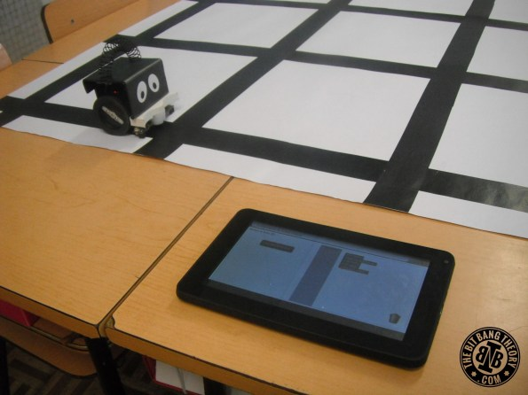 programming the infante robot with a tablet