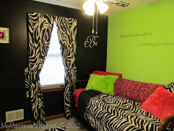 Teen Room Makeover (Zebra Print) (21)