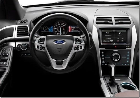 Ford-Explorer_Sport_2013_800x600_wallpaper_10