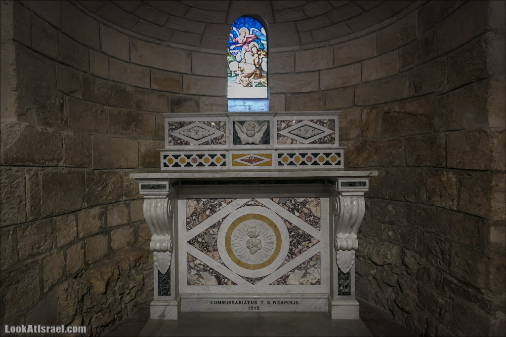 LookAtIsrael.com - Фото путешествия по Израилю   Церковь Благовещения в Назарете   Basilica of the annunciation in Nazareth