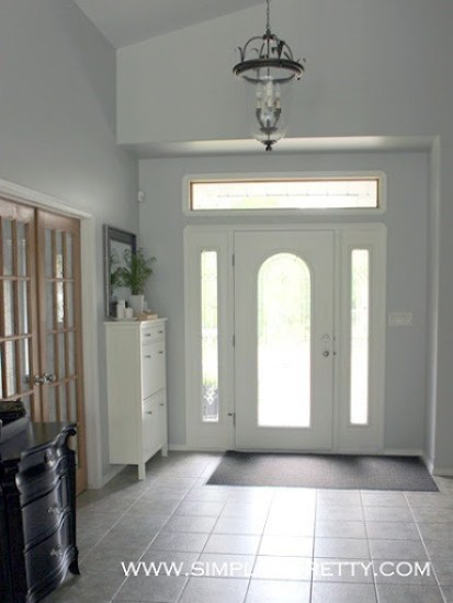 Inviting Front Entryway