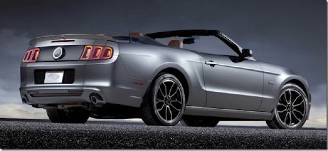 03-2013-ford-mustang[4]