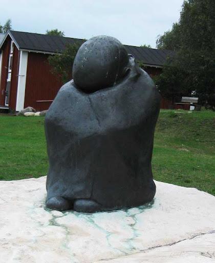 Het monument voor de Finse oorlogskinderen in Kemi