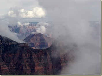 12 Clouds & fog surround the temples from BAP trail NR GRCA NP AZ (1024x768)