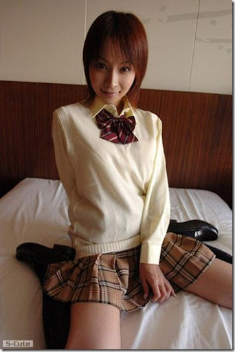 S-Cute-4th-No_01-Kaori-Wakaba
