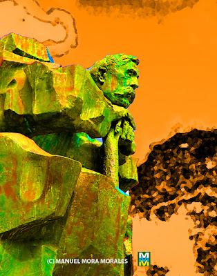 Monumento a Benito Pérez Galdós.