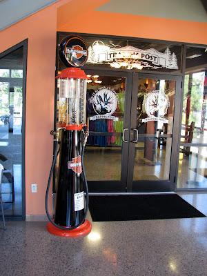 Gravity fed gas pump