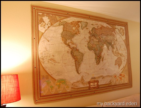Map with Jute Webbing Frame