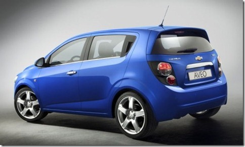 Chevrolet-Aveo_2011_800x600_wallpaper_02