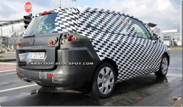 Copy of 2012-Opel-Zafira-b-9