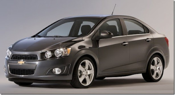 Chevrolet-Sonic_Sedan_2012_1600x1200_wallpaper_02