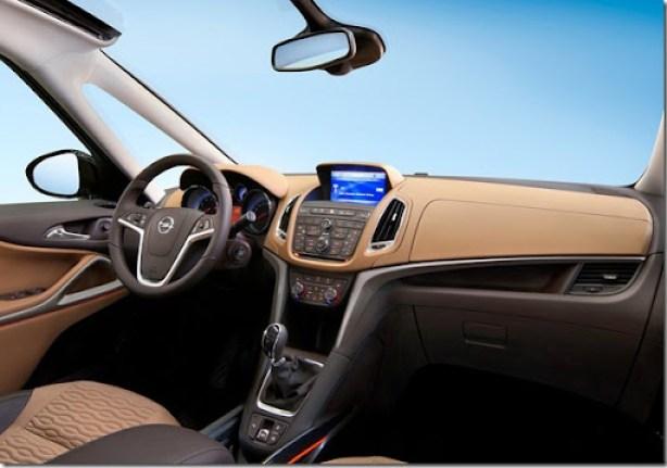 Opel-Zafira_Tourer_2012_1600x1200_wallpaper_0c
