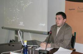 """Carlos González durante la conferencia """"Lost in La Mancha, Alimentación y Videojuegos"""" (People & Videogames)"""