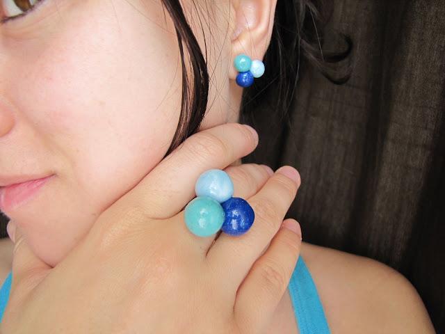 Set handmade cercei si inel nuante de albastru - Bubbles