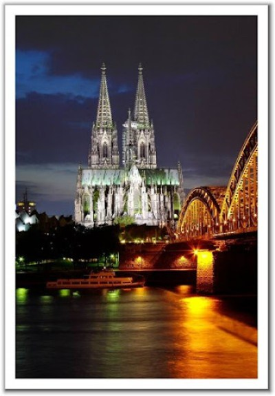 cologne cathedral lights