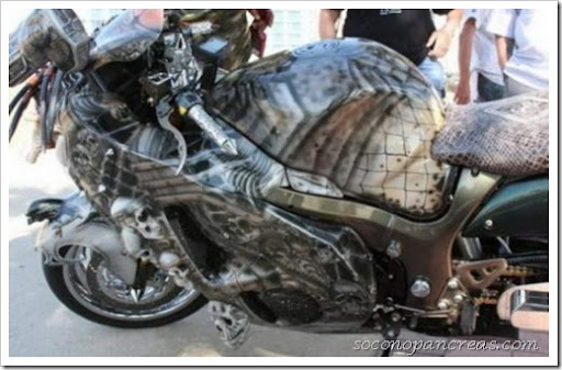 Predator-motorbike-005