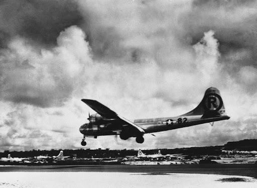 U.S. Air Force Plane Boeing B-29 Super-fortress Enola Gay