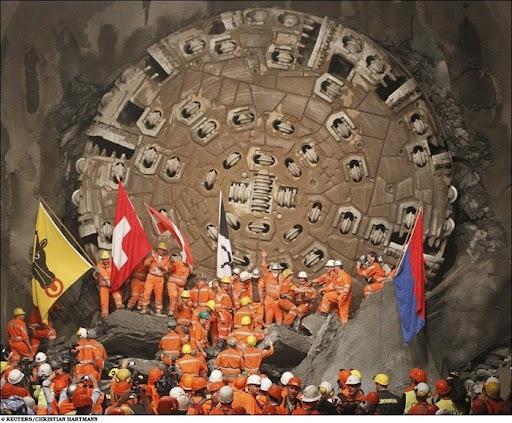 longest-rail-tunnel (13)