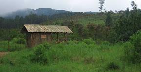 Rumah Jaga Rusa di Masigit Kareumbi