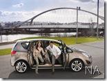 Opel-Meriva_2011_1024x768_wallpaper_04