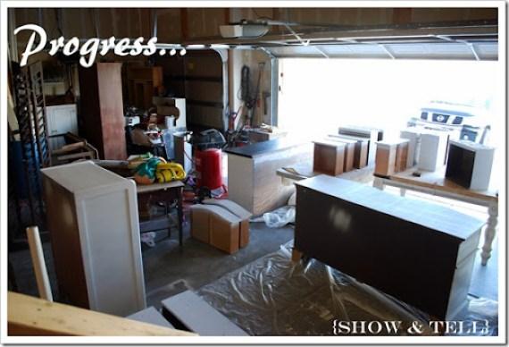 messy garage 077