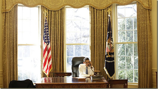 a_obama_oval_0121