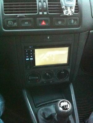 VWVortex  2002 Jetta mkiv aftermarket radio (head