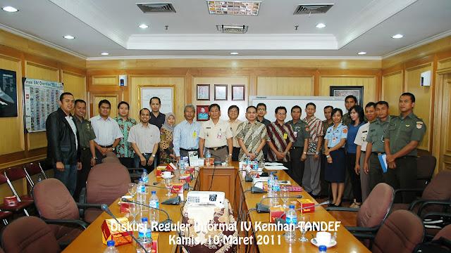 Foto Bersama Peserta Diskusi Informal IV Tandef