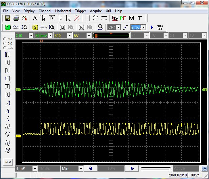 The signal received from the HRM belt transmiter is indicated at channel #1 - it has 500mVpp of amplitude and its wave is a sine. The channel #2 shows the signal after the amplification. The signal is amplificated to 4~5Vpp and its wave is changed to square.