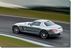 Mercedes SLS AMG4