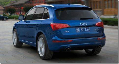 Audi-Q5_2009_800x600_wallpaper_2b