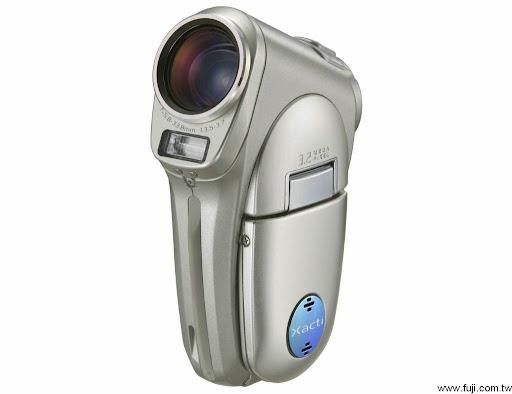 有了新歡就不想要舊愛...Sanyo Xacti VPC-C6 數位攝錄影機 嗜好