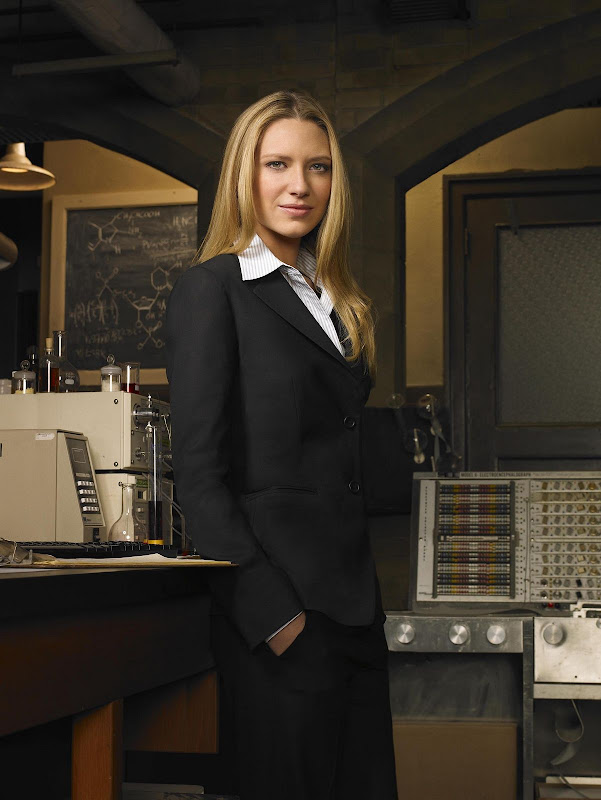 Anna Torv from Foxs excellent new series, Fringe.