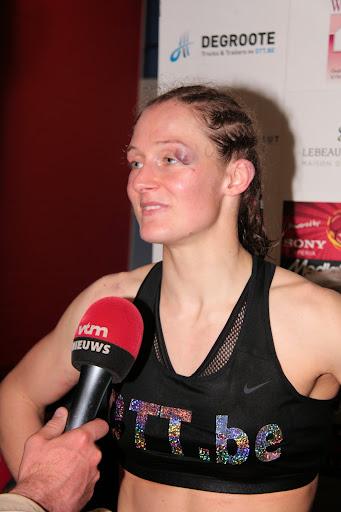 Delfine Persoon geeft interview aan VTM