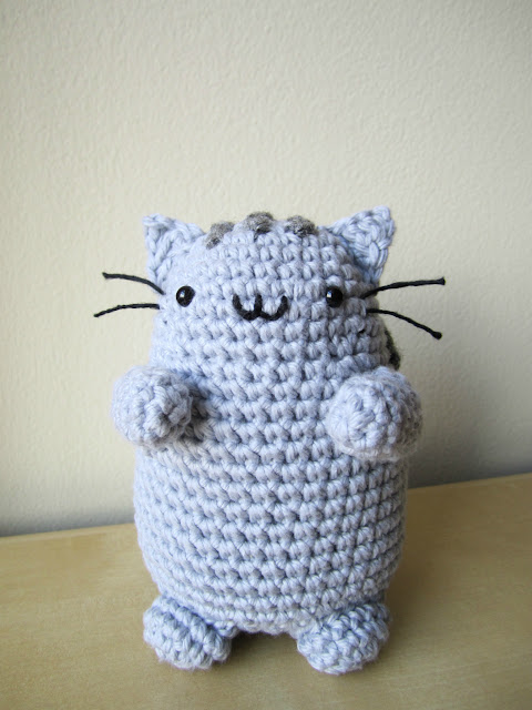 Pusheen Knitting Pattern : Pusheen + Mini Cupcake the whimsy turtle