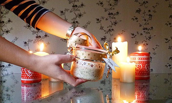 gommage nourrissant corps, DIY soin exfoliant, soin gommant naturel, gommage pour le corps maison, cadeau de noël à faire soi même