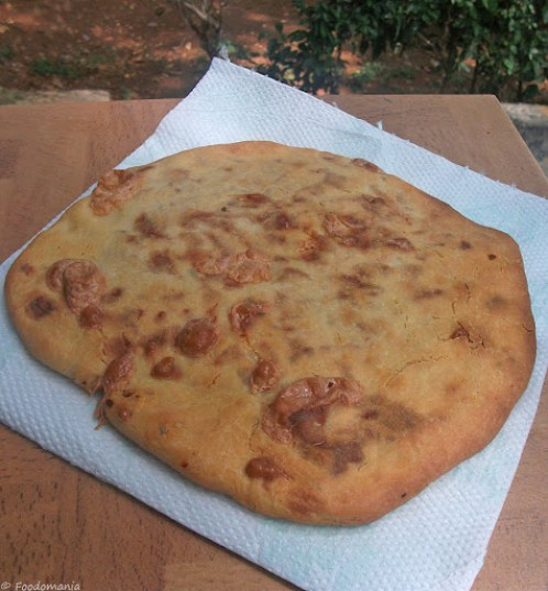 Khachapuri (Georgian Cheese Bread)