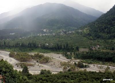 View near Vashishth Templ, Manali