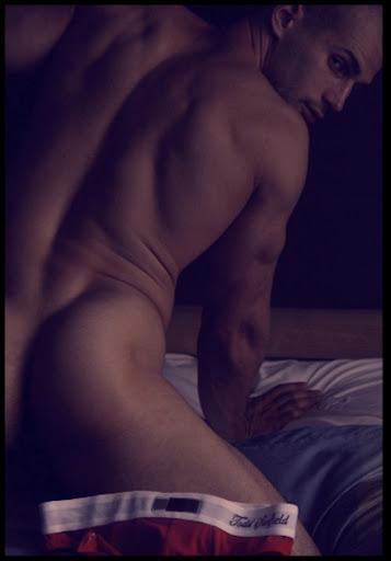 TODD SANFIELD naked, nu frontal, sexy, pelado