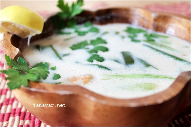 Kochbuchmittwoch: Kokossuppe mit Garnelen