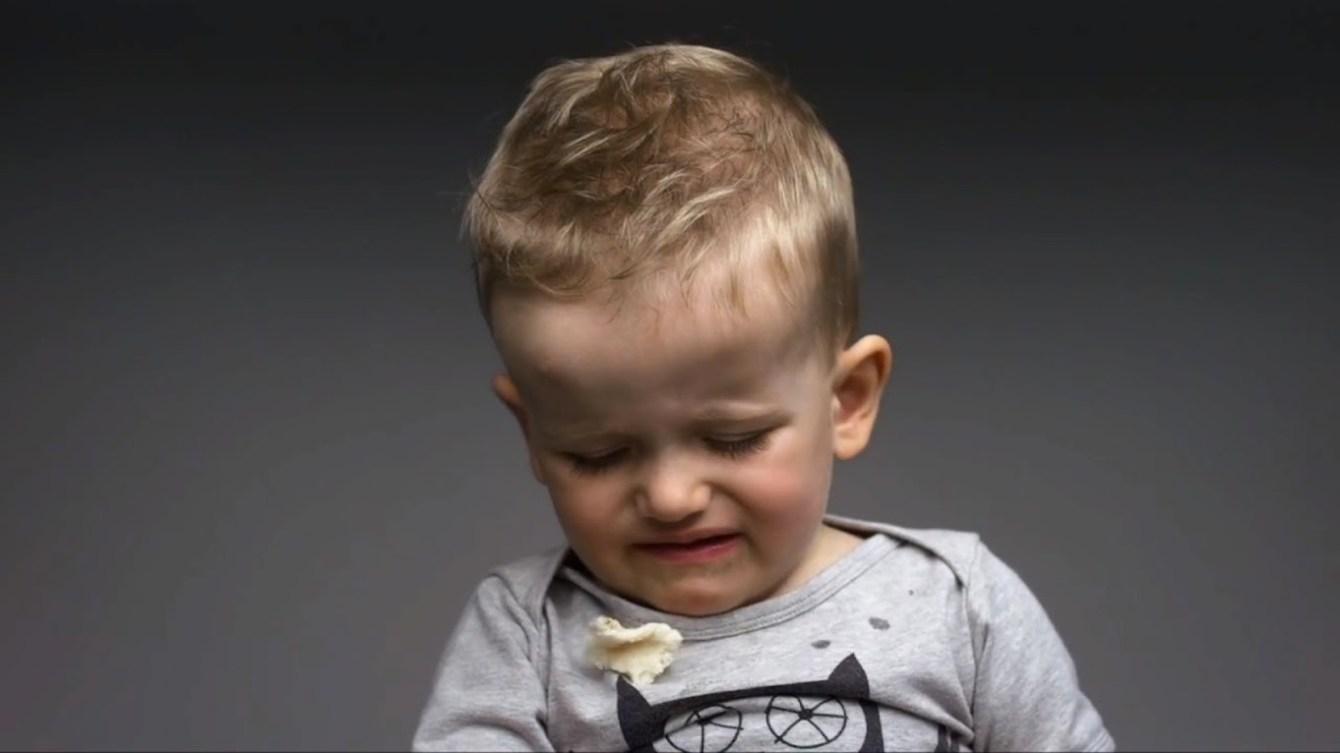 *First Taste:觀看孩子第一次品嘗不同食物的頭號表情! 5