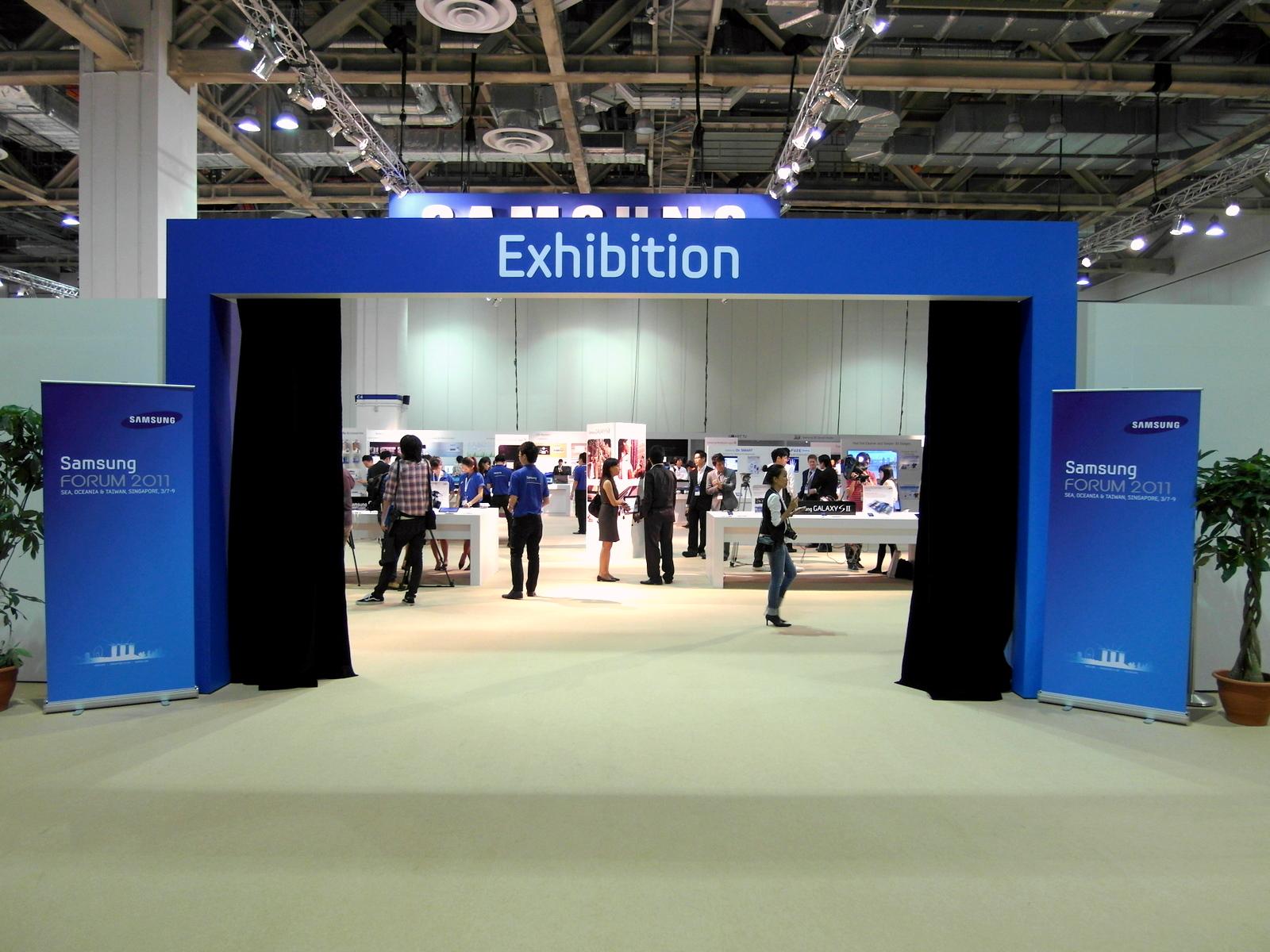 The Roving Reporter: Samsung SEA Forum 2011