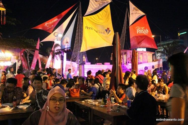 kemeriahan festival kuliner serpong 2014