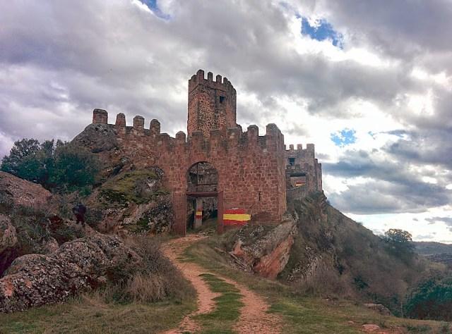 Turismo rural en Sigüenza. Castillo de Riba de Santiuste