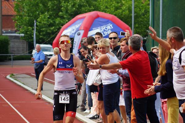 Kenneth Vandendriessche - 1/8e triatlon Roeselare - 1 juni 2014