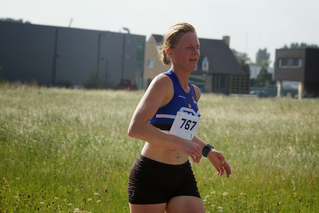 winnares dames, Rumbeke loopt
