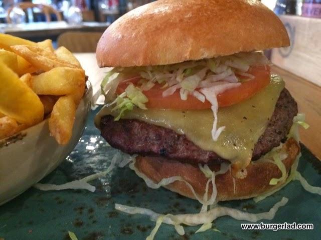Cleaver Restaurants Cheeseburger