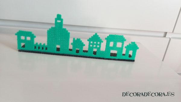 Un skyline de pueblo con Hama Beads